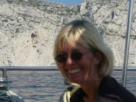 Margrit vor Felsenküste