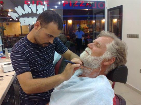 Skipper wird barbiert