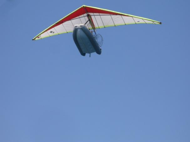 fliegendes Schlauchboot
