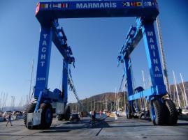 330 Tonnen Travellift