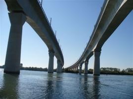 TGV-Brücke über die Rhone