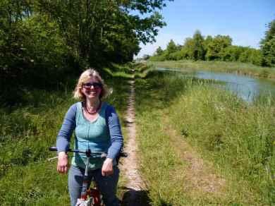 Radfahren auf dem Treidelpfad