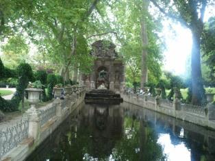 Medici-Brunnen im Jardin de Luxembourg