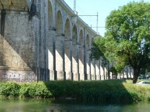 Eisenbahnviadukt über die Loing