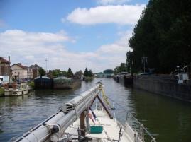 Einbiegen in den Canal St. Quentin