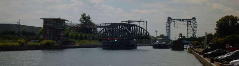 Dreh- und Hubbrücke