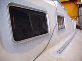 Baustellen Fensterrahmen und Genuaschienen