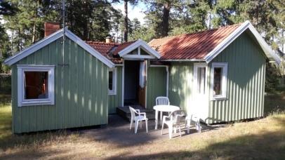Hütte von FRanz + Töchtern auf Campingplatz